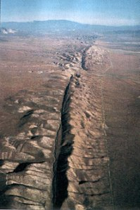 San Andreas Fault (www.labnews.co.uk)